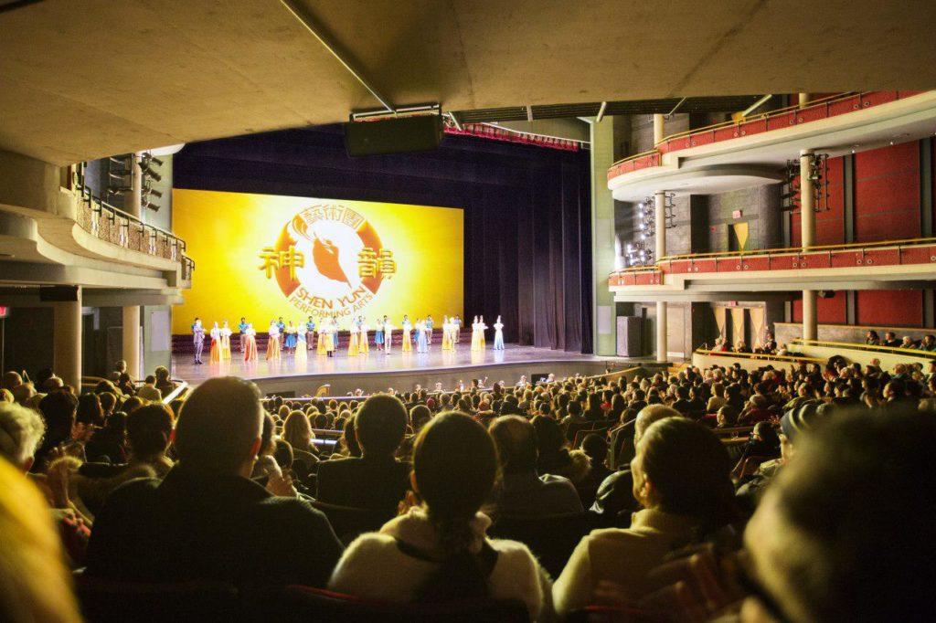 Chương trình biểu diễn Shen Yun tại Living Arts Centre ở Mississauga, Canada vào ngày 10/01/2019.