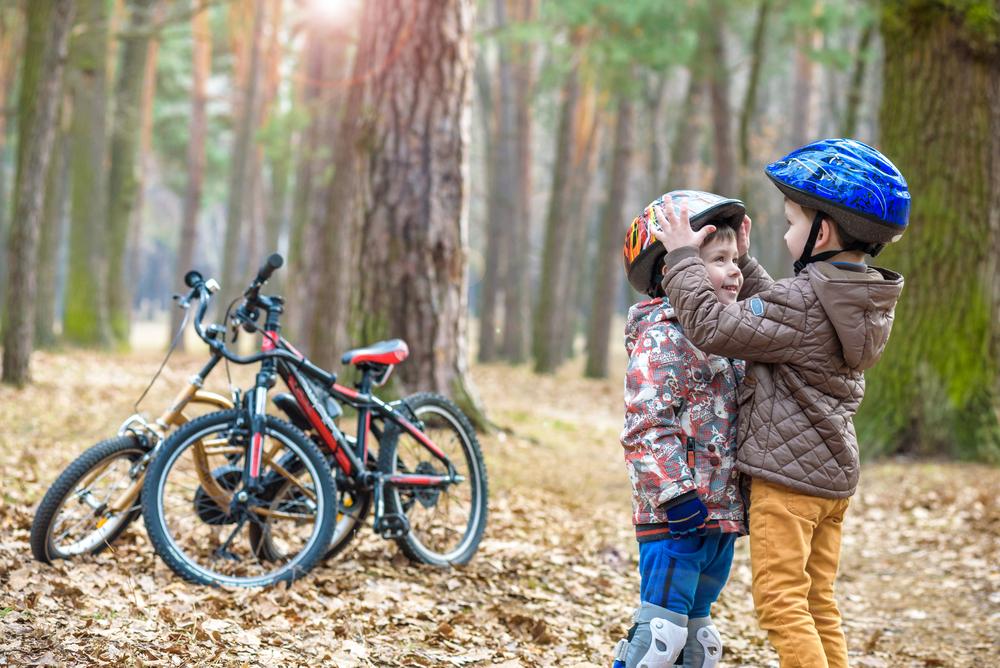 Trẻ từ 1-8 tuổi, nhất định phải được giáo dục lễ nghi, tu dưỡng đức hạnh.
