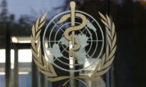 """WHO cảnh báo Virus viêm phổi mới tại Trung Quốc """"có thể lây truyền"""""""