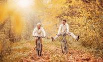 Giáo dục hạnh phúc (Bài 16): Tu tâm dưỡng đức - Lấy khổ làm vui [Radio]
