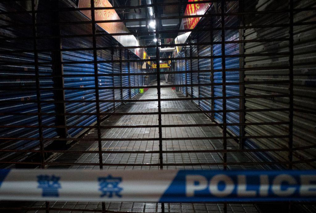 """""""chợ hải sản Hoa Nam đã được dọn sạch sau khi đóng cửa, 'hiện trường vụ án' đã biến mất, và làm thế nào chúng ta có thể giải quyết một vụ án mà không có bằng chứng?"""""""