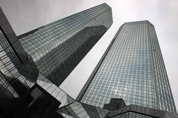 Phần 3: Dấu hiệu trước khủng hoảng: NHTM toàn cầu ôm khối tài sản tài chính phái sinh cực lớn và rủi ro