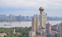 Phần 1: Dấu hiệu trước khủng hoảng: Bong bóng bất động sản và bong bóng giá trên thị trường chứng khoán toàn cầu quá lớn