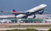 Cặp đôi được chẩn đoán nhiễm COVID-19 đã bay trên các chuyến bay của Delta, Hawaiian Airlines
