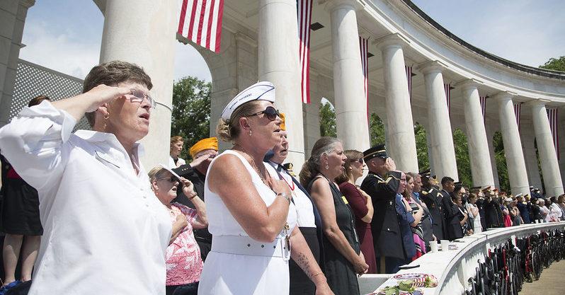 Hơn 9.000 cựu binh Mỹ tình nguyện làm việc để chống Đại dịch