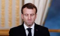 Tổng thống Pháp Emmanuel Macron tuyên bố: tình trạng 'chiến tranh' áp dụng cho cả nước