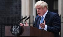 Thủ tướng Anh Quốc: 'Tất cả người dân phải ở trong nhà'