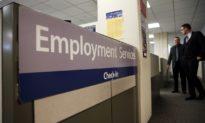 Mỹ tuyên bố con số thất nghiệp tăng vọt lên hơn 3 triệu, kỷ lục đang bị phá