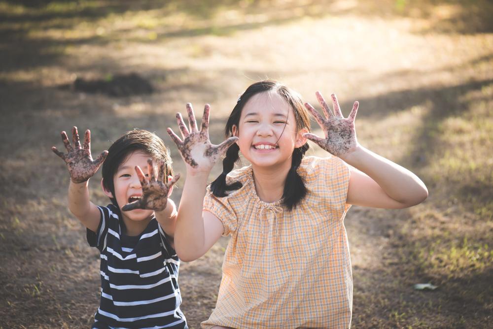 Những đứa trẻ lớn lên hạnh phúc, là đến từ một gia đình như vậy! | NTD Việt  Nam (Tân Đường Nhân)