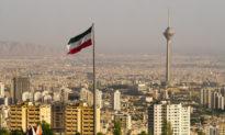Iran: 27 người tử vong khi dùng rượu để điều trị COVID-19