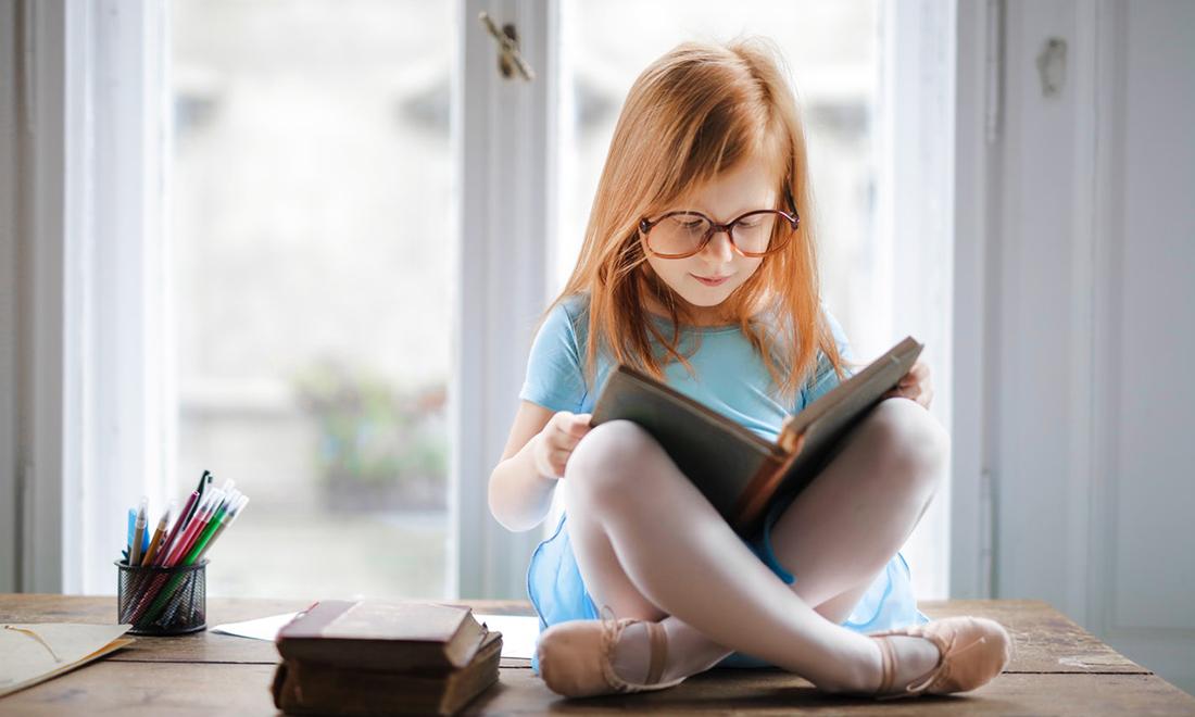 Trẻ em đọc sách hàng ngày, điểm số các bài kiểm tra ở trường sẽ cao hơn |  NTD Việt Nam (Tân Đường Nhân)