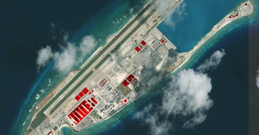 Xuất hiện máy bay quân sự Trung Quốc tại đá Chữ Thập ở Biển Đông