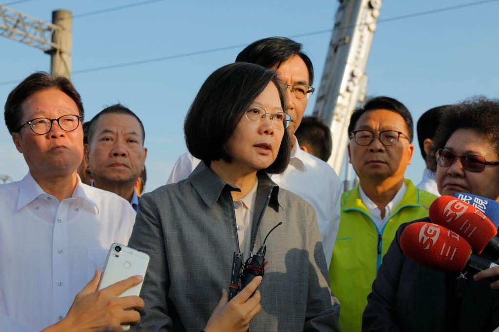 """Nền kinh tế của Đài Loan đã từng rơi vào tình trạng bị lệ thuộc vào thị trường Trung Quốc, nhưng nền dân chủ sẽ ý nghĩa gì nếu mất đi mảnh đất gieo mầm cho sự sáng tạo và nuôi dưỡng ý tưởng?""""(Ảnh: Getty)"""