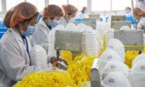Pakistan nhận được khẩu trang viện trợ của Trung Quốc làm từ đồ lót