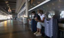 Argentina cấm bán vé hàng không thương mại đến tháng 9 do đại dịch