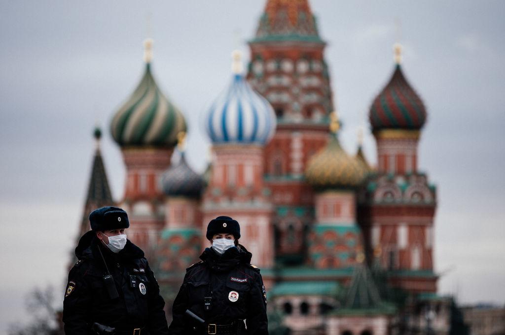 Nga cũng đưa ra nhiều hình phạt nghiêm khắc cho những người cố ý vi phạm.