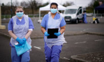 Quan chức Anh: Hàng nghìn nhân viên y tế không biết mình nhiễm virus