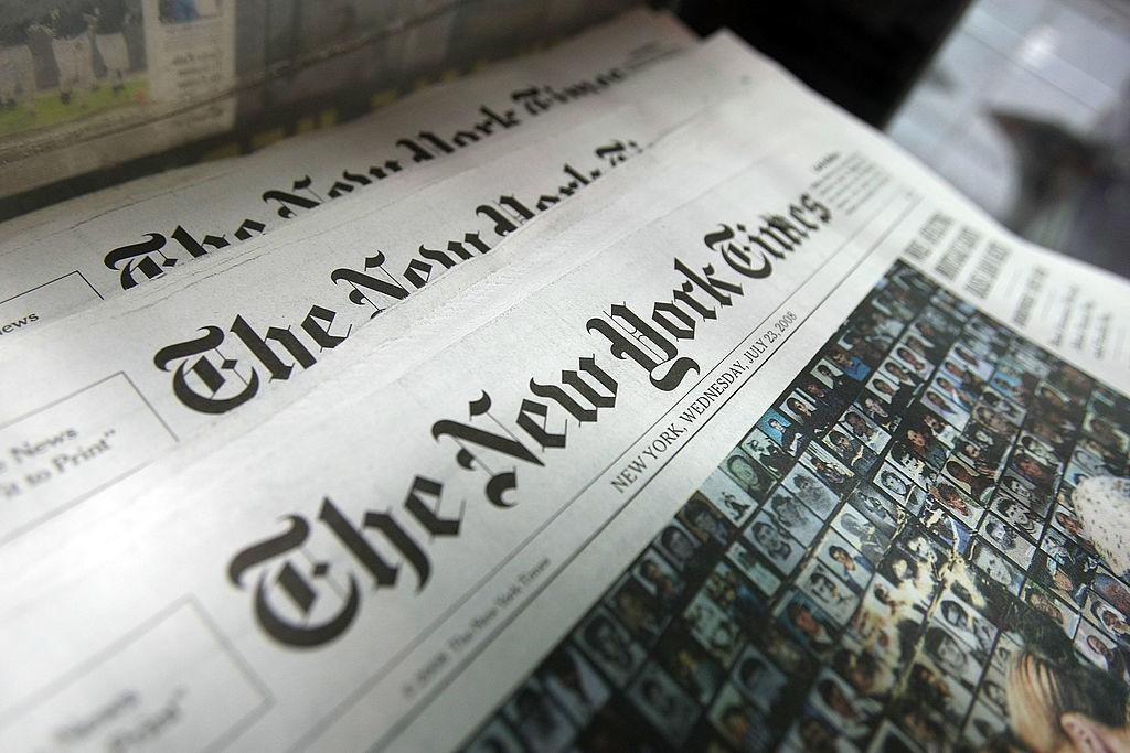 New York Times bất ngờ đăng một bài báo chứa nội dung thư nặc danh chỉ trích Tổng thống Trump. Tuy vậy, nội dung thư được cho là có nguồn gốc từ Bắc Kinh.