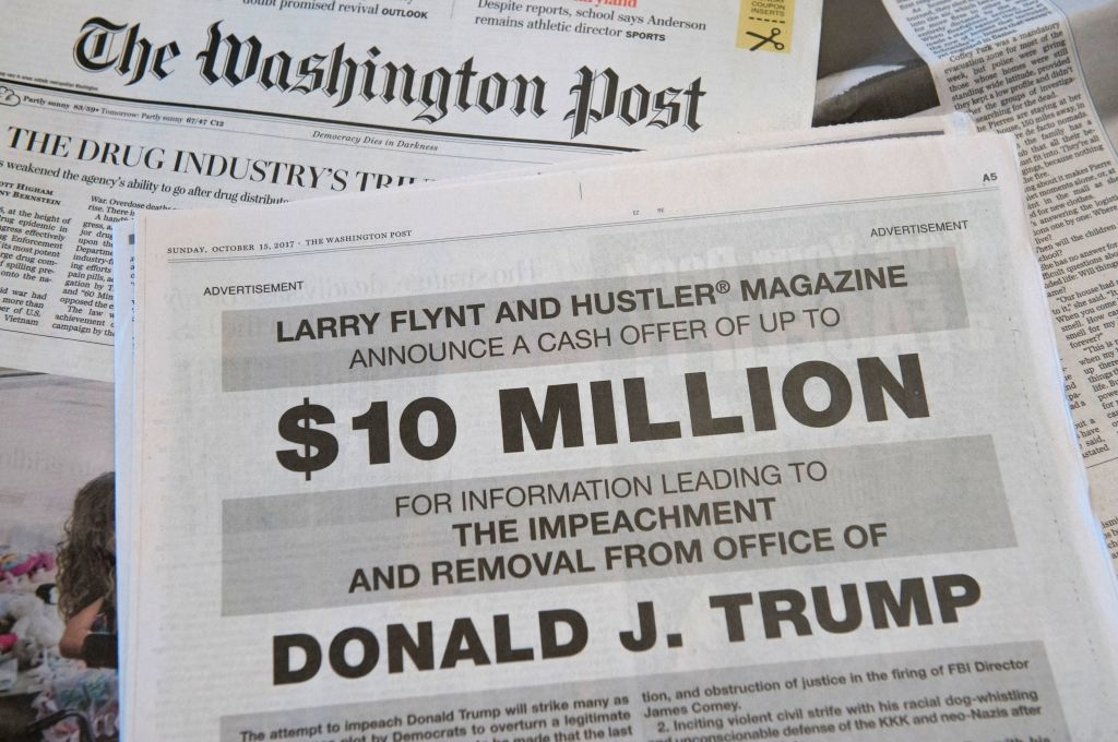 'Hợp sức' với New York Times, Washington Posts cũng liên tục đăng các bài báo tiêu cực về Tổng thống Trump, mục đích cuối cùng là để hạ thấp uy tín của ông.