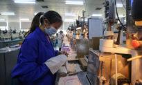 Các nhà máy Trung Quốc đóng cửa do không có đơn hàng xuất khẩu giữa đại dịch