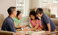 Ở nhà thì làm gì? Hoạt động thú vị cho cả gia đình trong mùa dịch