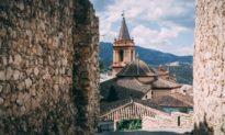 Kỳ lạ thị trấn duy nhất ở Tây Ban Nha không có người nhiễm virus Vũ Hán