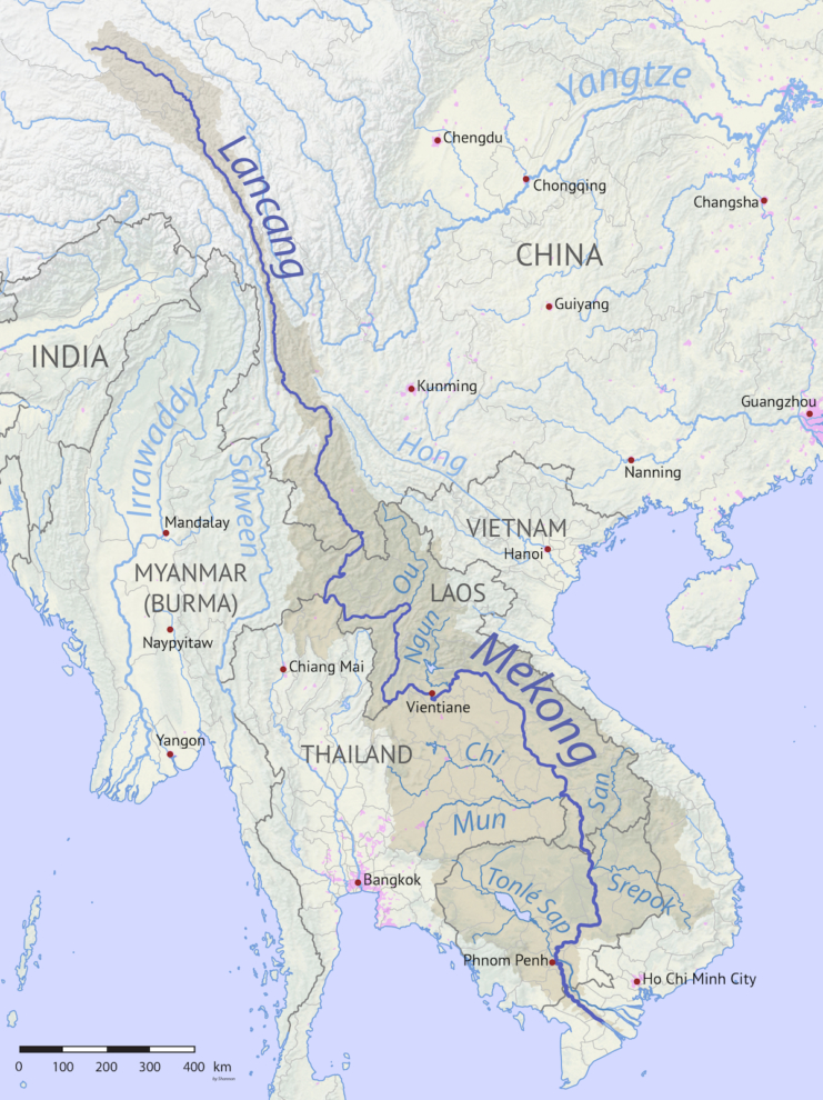 Trung Quốc có nguy cơ thiếu nước ngọt trầm trọng trong ba thập kỷ tới. Do đó việc xây đập không hoàn toàn để khai thác thủy điện mà còn dùng cho tích trữ nước trong tương lai. (Ảnh: Wikipedia)