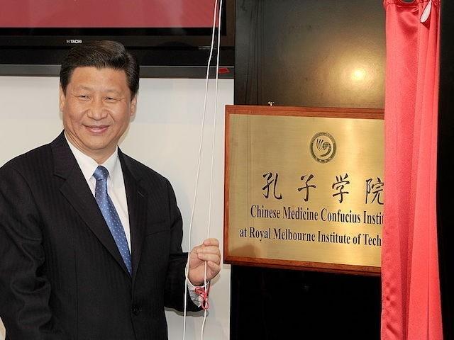 Chủ tịch Trung Quốc Tập Cận Bình khai trương một Viện Khổng Tử tại nước Úc. (Ảnh: WILLIAM WEST/AFP/Getty Images)
