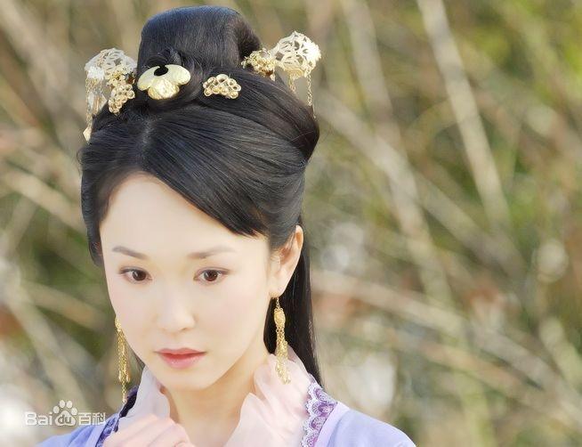 Sau khi hẹn hò với Lý Minh Thuận, sự nghiệp của Phạm Văn Phương lên như diều gặp gió. Không chỉ được yêu thích tại Singapore, tên tuổi của cô còn vang danh tại nhiều nước Châu Á.