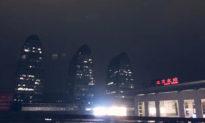 Hình ảnh: Lưỡng hội khai mạc, bầu trời Bắc Kinh đột nhiên tối sầm, sấm sét nổ tung