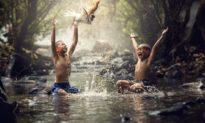 Chuyên gia nghiên cứu não: Bí mật của một tuổi thơ hạnh phúc