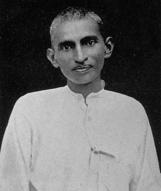 Ông được gọi là Mahatma (Linh hồn vĩ đại) vì sự theo đuổi không ngừng lý tưởng về tự do, sự thật và hòa bình.