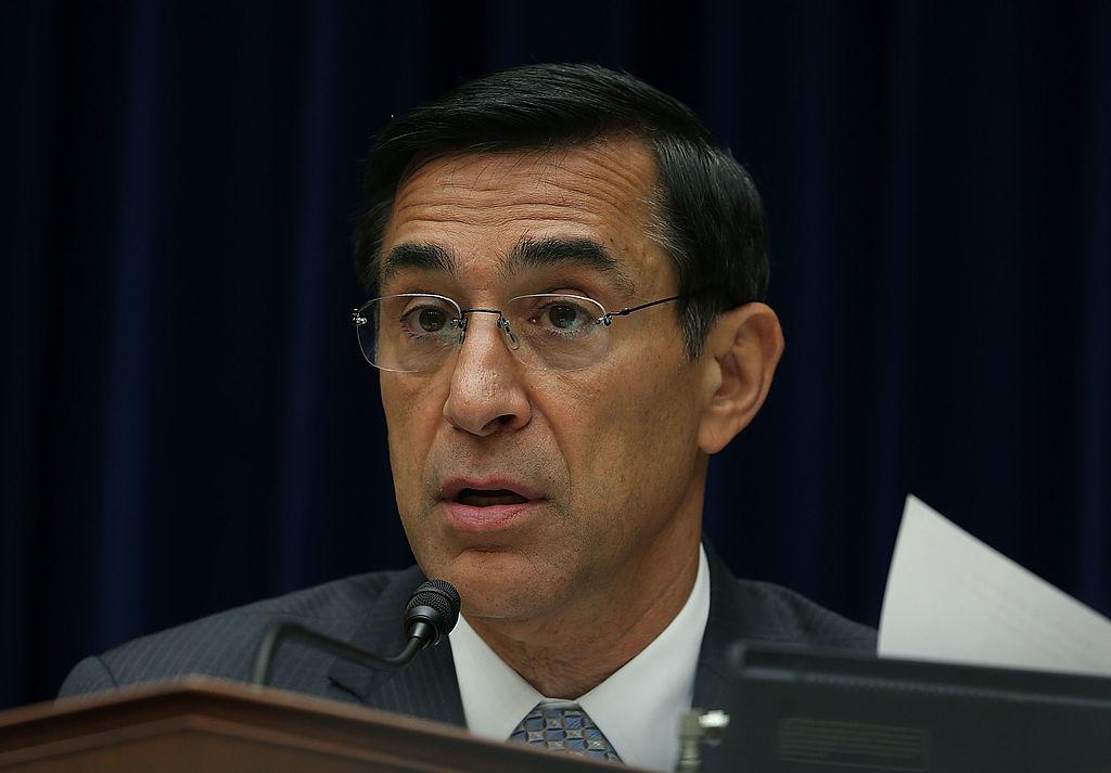 Tổng thanh tra Bộ Tư pháp Michael Horowitz làm nhân chứng báo cáo về những thất bại trong Chiến dịch Fast and Furious.
