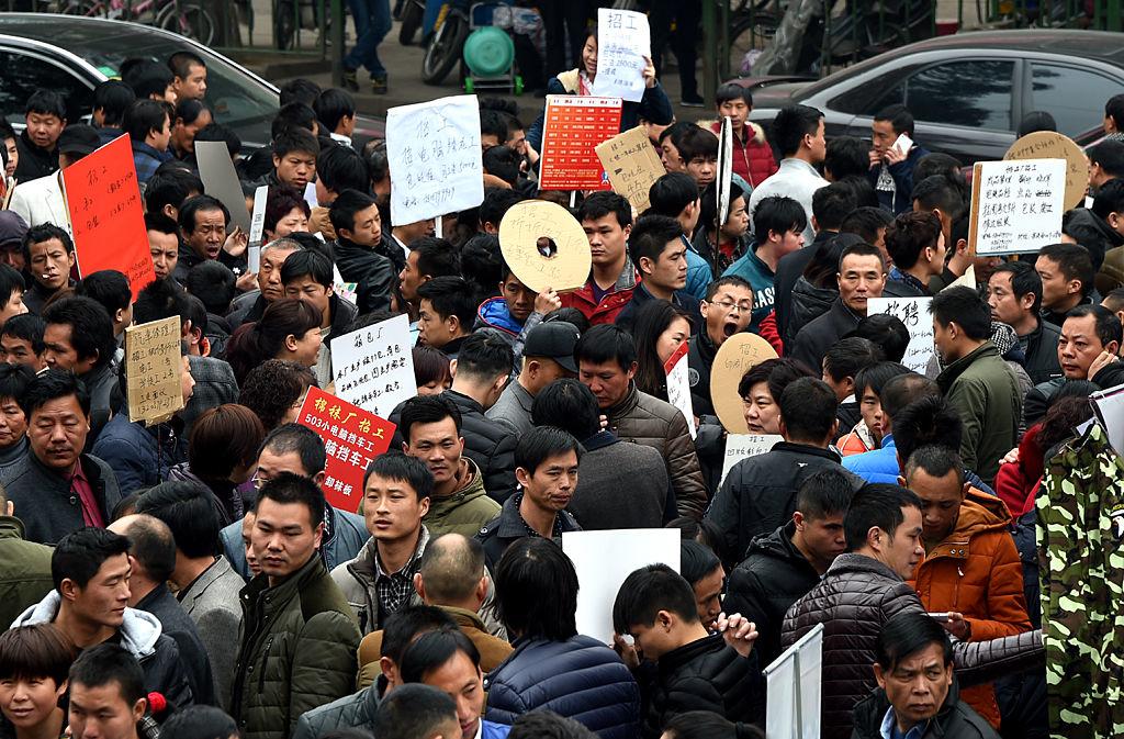 Ác mộng đối với ĐCSTQ không phải là số người chết vì virus Vũ Hán, mà là tỷ lệ thất nghiệp tràn lan. Điều đó đồng nghĩa Trung Quốc sẽ phải đối mặt với nguy cơ đại loạn thực sự.