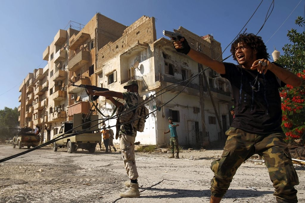 Benghazi trở thành một trong những địa danh nguy hiểm nhất thế giới, là cái nôi của các hoạt động dân quân khủng bố, là căn cứ quan trọng của phiến quân và các nhóm thánh chiến Hồi giáo cực đoan.