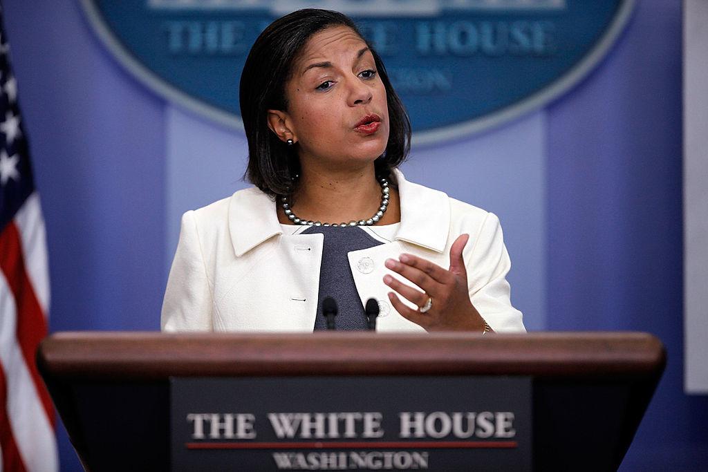 Nhiều người ngạc nhiên vì sao bà Rice lại là người tuyên bố cái chết của đại sứ Mỹ mà nhẽ ra việc này phải là bà Ngoại trưởng Hillary Clinton, hoặc là Tổng thống Obama.