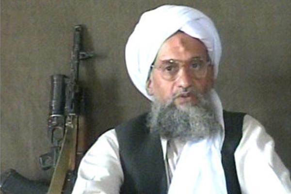 18 tiếng trước khi xảy ra thảm kịch Benghazi, trùm khủng bố Al-Qaeda là Ayman al-Zawahiri đã ra lời hiệu triệu trong một video đăng tải trên mạng Internet, kêu gọi đồng loạt tấn công người Mỹ.