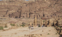 4.000 năm lịch sử chiến tranh, bị xâm chiếm và thay đổi văn hóa nhiều lần, nhưng ít có tác động tới di truyền ở người dân Cận Đông