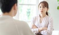 Phụ nữ dịu dàng và phụ nữ mạnh mẽ: Ai hạnh phúc hơn? [Radio]