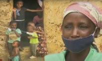 Quá nghèo, người mẹ Kenya phải nấu sỏi đá cho 8 đứa con sắp chết đói