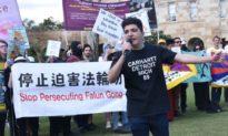 Đại học Queensland có thể mất tài trợ vì đã 'thay mặt ĐCSTQ' cho thôi học sinh viên ủng hộ Hong Kong