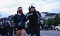 Bắc Kinh lợi dụng các cuộc biểu tình vì cái chết của Floyd để 'mỉa mai' Hoa Kỳ
