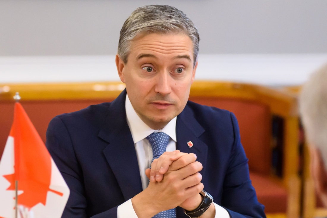 Ngoại trưởng Canada bị yêu cầu giải trình về khoản nợ thế chấp với Ngân hàng Nhà nước Trung Quốc
