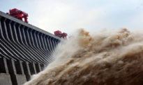 Lũ lụt tàn phá Trung Quốc trên diện rộng, đặt ra yêu cầu thanh tra các lỗ hổng cấu trúc của đập Tam Hiệp