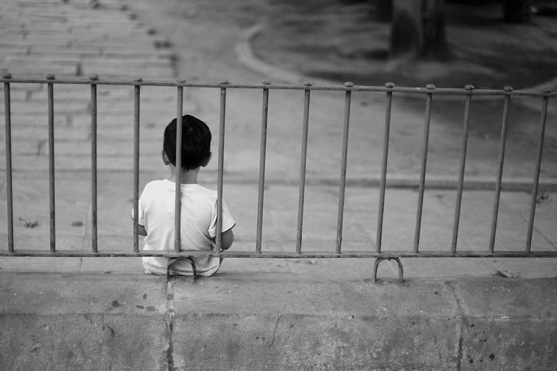 Là mẹ khiến con thấy rằng có rất nhiều khó khăn và nguy hiểm trong cuộc sống này mà con không thể nào đối mặt