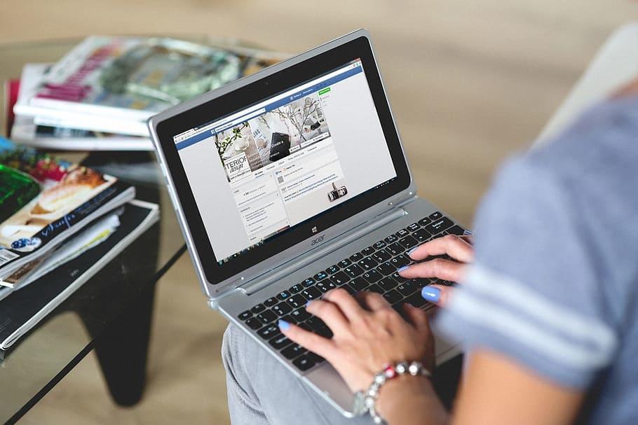 Facebook nói riêng và các nền tảng mạng xã hội nói chung tỏ ra rất hiểu điều người dùng muốn. Những gì liên quan đến sở thích của họ đều dễ dàng hiển thị trước mắt. (Pexels)