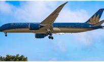 Việt Nam sẽ 'thả nổi' giá vé máy bay?