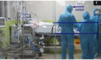 Bệnh nhân phi công người Anh tập ngưng thở máy