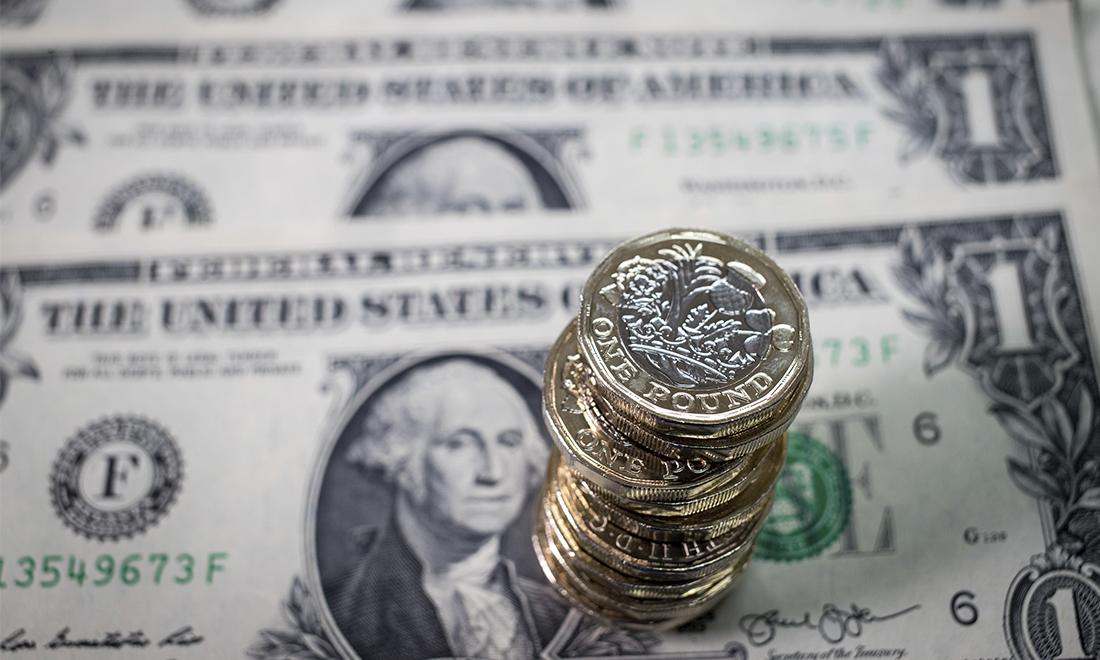Đồng USD được coi là cốt lõi trong hệ thống lưu chuyển tài chính toàn cầu, việc Mỹ nắm trong tay hệ thống thanh toán USD chính là công cụ trừng phạt khiến nhiều đối thủ phải e sợ.