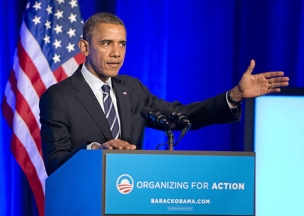 """Obama hợp thức hoá một tổ chức khổng lồ với mục đích làm thay đổi suy nghĩ của người Mỹ theo quan điểm xã hội chủ nghĩa. Đó chính là """"Organizing for Action"""" (OFA) - Tổ chức để Hành động."""